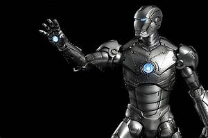 Review and photos of Hot Toys Iron Man MK II sixth scale ...