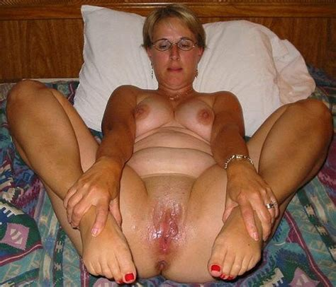 another mix of mature feet and wet sloppy pussy