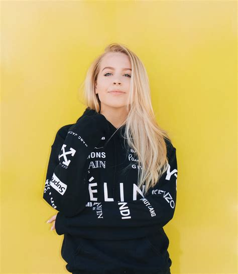 yellow wall instagram picture poses avery  avery moser