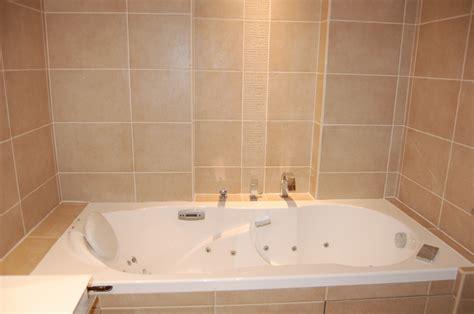 pose de faience dans une pose de fa 239 ence dans une salle de bains lyon rh 244 ne 69