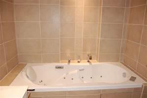 pose de faience dans une salle de bains lyon rhone 69 With pose de faience salle de bain