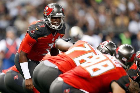 offensive game grades buccaneers  saints pewter report