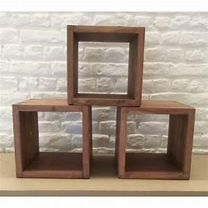 Cube Etagere Bois : etagere bois cube ~ Teatrodelosmanantiales.com Idées de Décoration