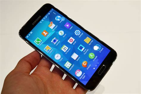 best smartphone display five pricey smartphones with best display can you afford