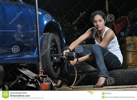 Frau In Garage by Garage Stock Image Image Of Service Repair