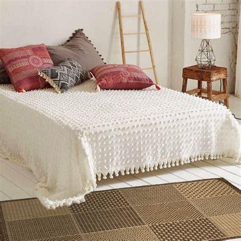 tapis descente de lit tapis descente de lit id 233 es de d 233 coration int 233 rieure decor