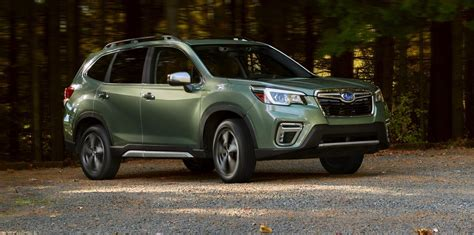 subaru forester revealed