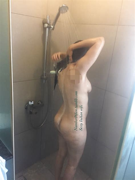 Shower Naked Sexy Outdoor Indian Wife 7 Pics Xhamster