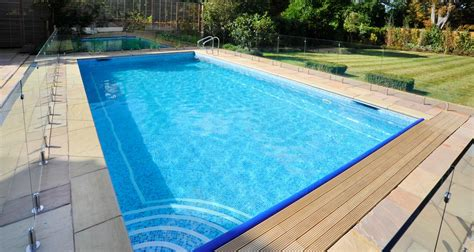 Outdoor Swimming Pool Construction & Design