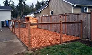 East olympia kennel with cedar chips ajb landscaping fence for Wood chips for dog kennel
