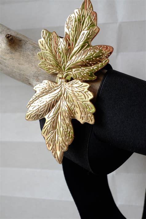 vintage  black waist gold leaf xl belt wide  size