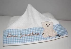 Badetuch Baby Mit Namen : personalisiertes kapuzenhandtuch mit b rchen und namen ~ Markanthonyermac.com Haus und Dekorationen
