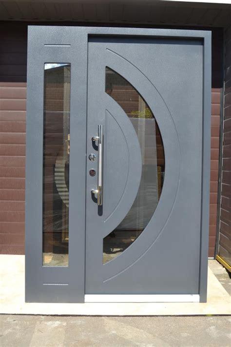 Wohnungstüren Mit Glaseinsatz by Nr 8 Haust 252 R Mit Glaseinsatz Wohnungs Eingangst 252 R T 252 Ren