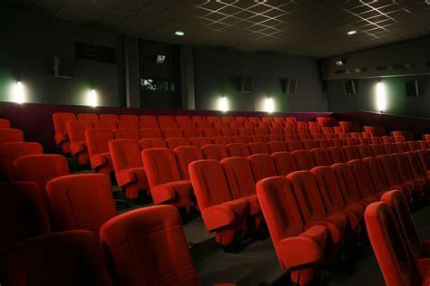 photo salle de cinema bienvenue 224 la communaut 233 de commune du haut allier en loz 232 re