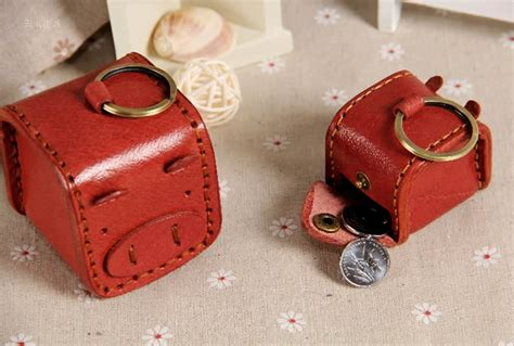 7a4bc1f03a9b5 Leather Pig Face Coin Purse With Keychain Feelgift
