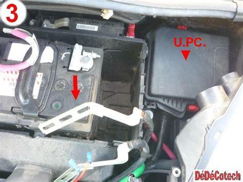 batterie scenic 3 changer fusibles upc compartiment moteur renault sc 233 nic 3