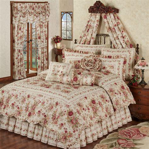 heirloom rose  pc floral quilt set