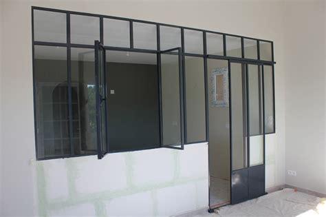 fenetre separation cuisine séparation avec cloison style fenêtre atelier golf d