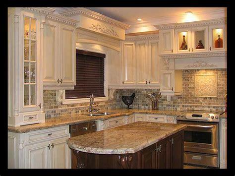 Kitchen Backsplash Designs by Kitchen Backsplash Ideas Ceramic Tile Suitable With