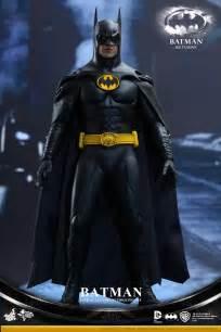 Hot Toys Batman Returns Figures