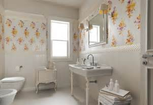 traditional bathroom decorating ideas white floral traditional bathroom interior design ideas