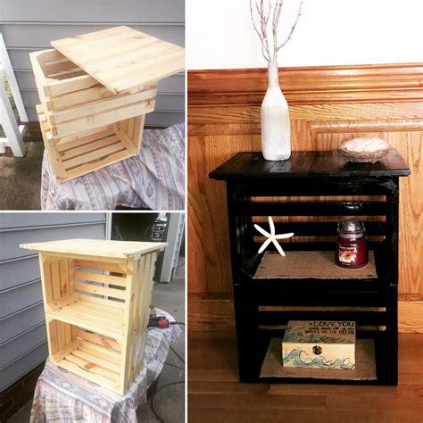 Crate Nightstand Diy by Diy Crate Nightstand 30 Pallet Craft Ideas