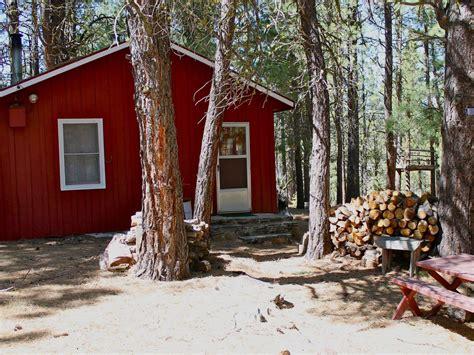 rustic cabin rentals oregon rustic cabin squirrelville lakeview oregon rentbyowner