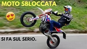 Vidéo De Moto Cross : moto impennate ci siamo youtube ~ Medecine-chirurgie-esthetiques.com Avis de Voitures