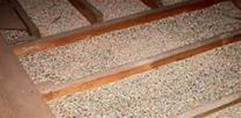 dangers  asbestos contaminated vermiculite insulation