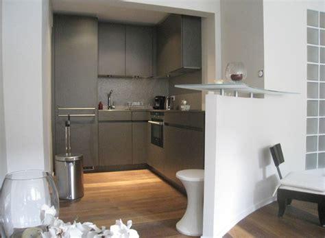 deco cuisine grise et cuisine leicht d 39 angle avec bar