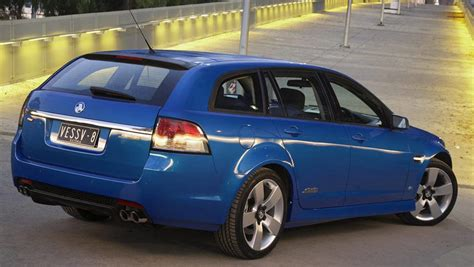 holden ve commodore ss  ssv review