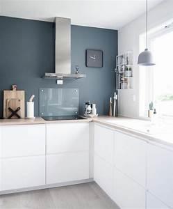 1001 idees pour une cuisine bleu canard les interieurs With idee deco cuisine avec style scandinave bleu