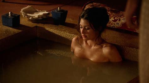 Naked Sibylla Deen In Tut
