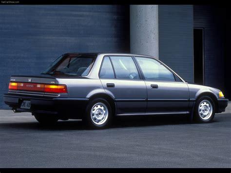 Honda Civic Sedan (1990) - picture 4 of 7 - 800x600