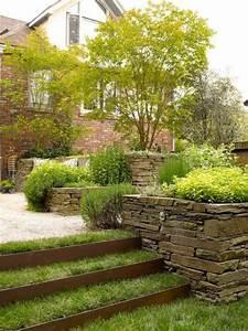 Steilen Hang Bepflanzen : comment avoir un joli jardin en pente jolies id es en ~ Lizthompson.info Haus und Dekorationen