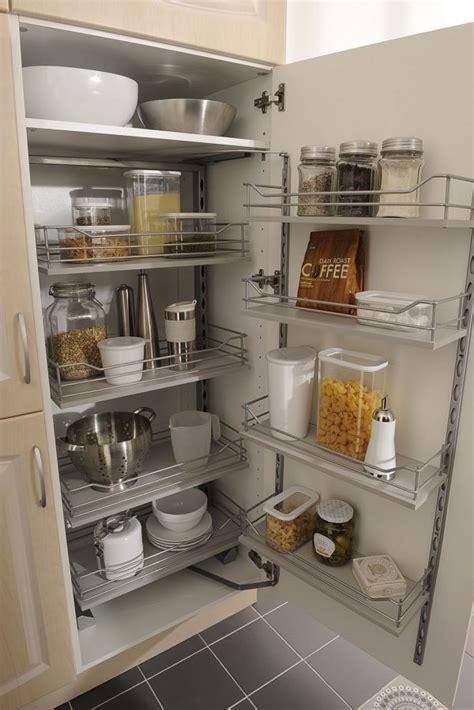 amenagement placard cuisine coulissant cuisine am nagement placards de cuisine paniers