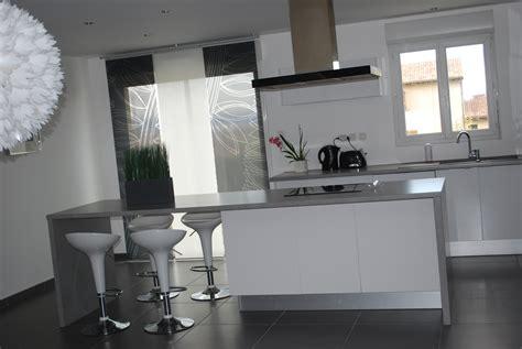 cuisine blanc et grise cuisine grise et blanc chaios com