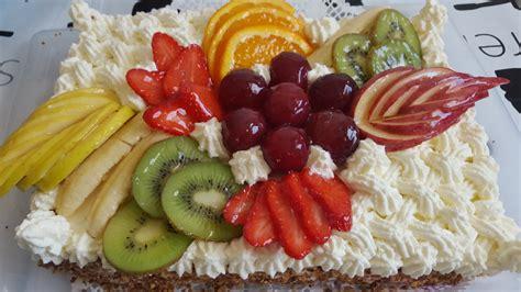 anniversaire cuisine gâteau d 39 anniversaire aux fruits la cuisine de nawal