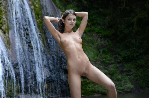 Sandra Orlow Pussy At Waterfall