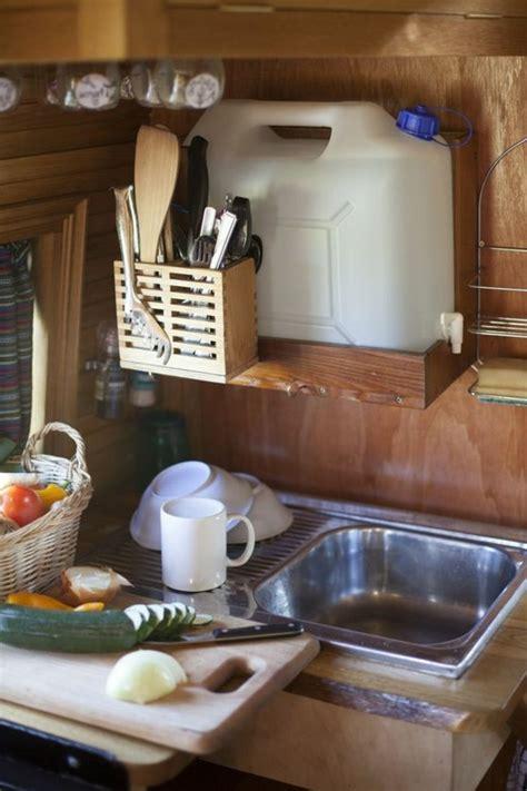 caravane cuisine caravane cuisine free lit transversal dinette en couchage