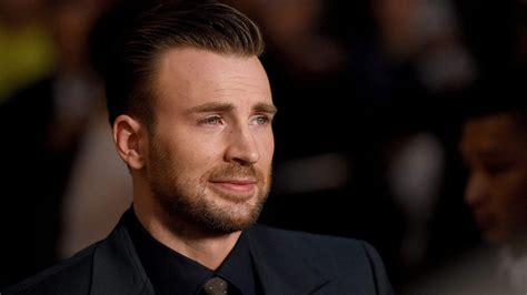 Chris Evans Has Gone Viral After Accidentally Sharing A ...