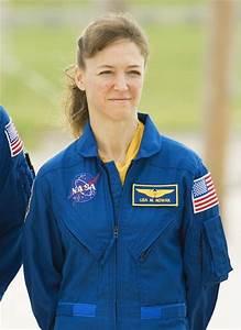 Lisa Marie Nowak Photos Photos - Space Shuttle Discovery ...