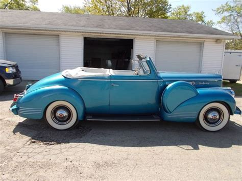 Classic 1942 Packard160 Seriesconvertible Coupe