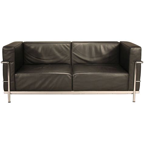 Corbusier Loveseat by Le Corbusier Lc3 Leather And Chrome Loveseat Sofa At 1stdibs