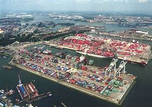 The 10 Largest Ports in Europe - Europeish.com Europe ...