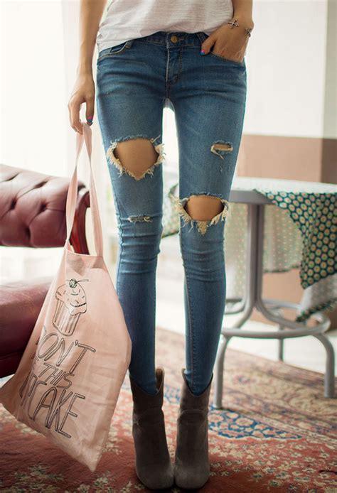 chuu ripped hole skinny jeans kstylick latest korean