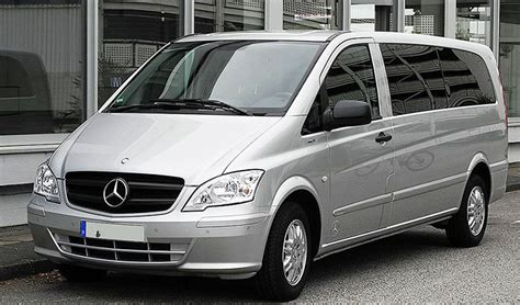 Limousine Taxi by Limousine Large Taxis Singapore Transport Guide