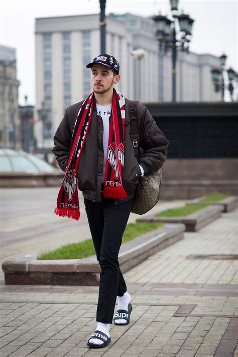 football scarf   real fall  trend vogue