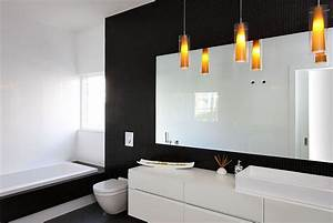 Modern minimalist bathroom in black and white with for Black and white modern bathroom