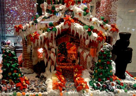 christmas  gingerbread house  stock photo public
